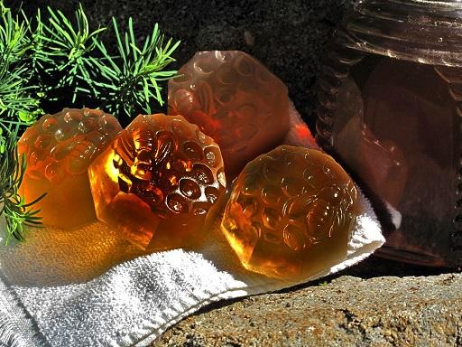 Mydło naturalne z propolisem LEŚNE